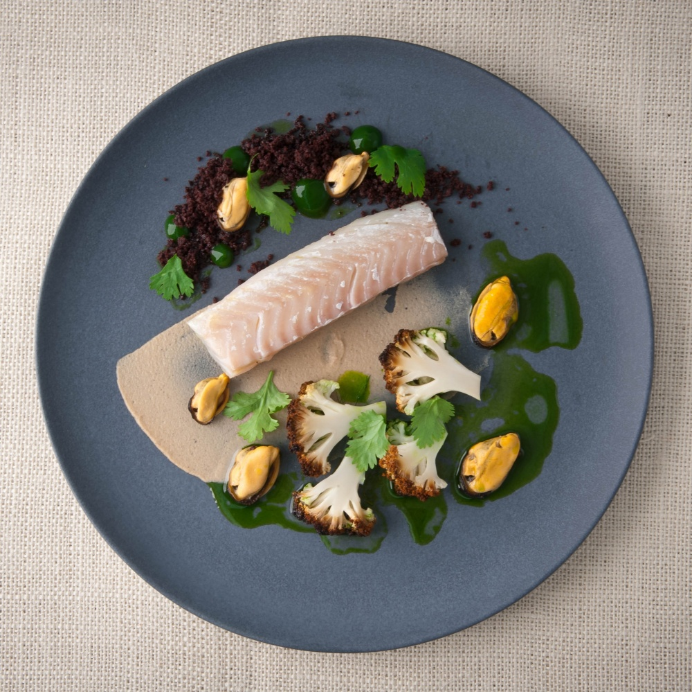 Cod, mussels and cauliflower